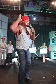 Hulk Hogan Embraces the Body by Vi 90 Day Challenge