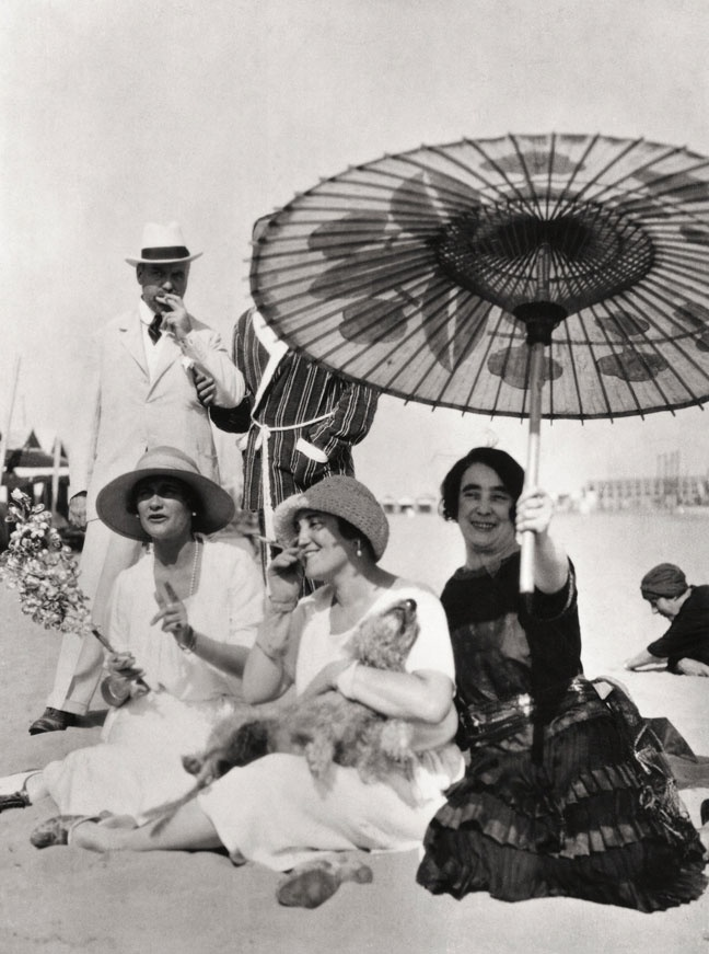 Coco Chanel, Misia Sert And Mme Philippe Berthelot On The Beach, Lido Venice, 1925.