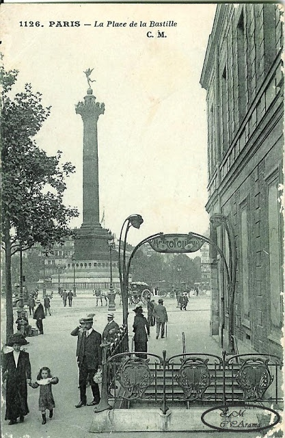 bastille paris column
