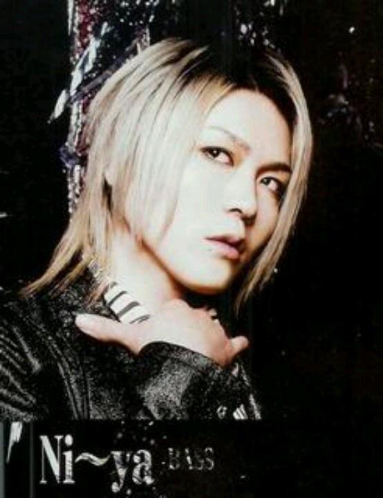 yuri☆yuriが選ぶNi〜yaのアー写1794