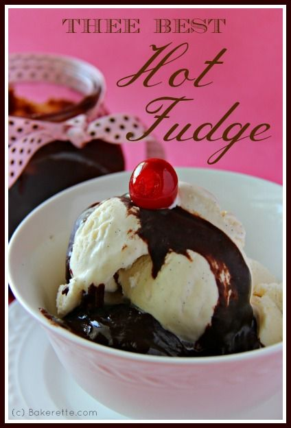 This is thee best homemade hot fudge sauce! A deliciously decadent ...