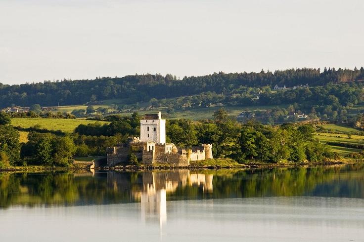 Doe Castle in Co. Donegal, Ireland http://www.pinterest.com/dtbrowning ...