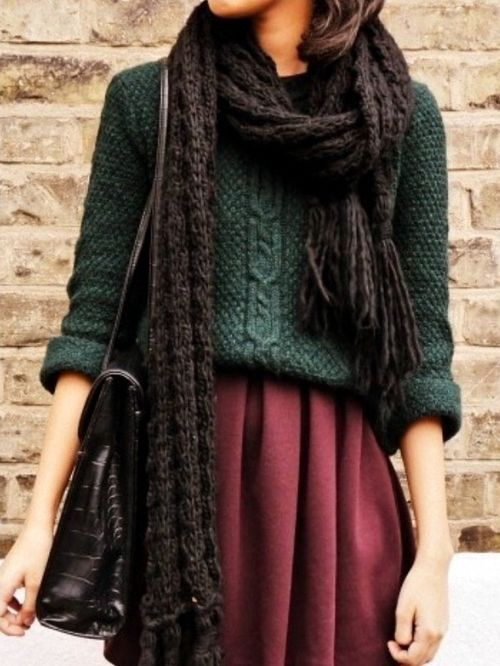 I'm calling it, colors for fall: burgandy, dark grey and forest green!