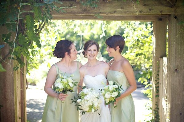 Sage-and-White-Bridesmaids