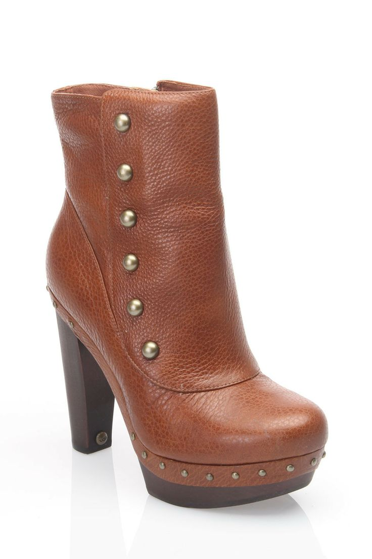 Ugg ladies cosima mid boot in chestnut beyond the rack
