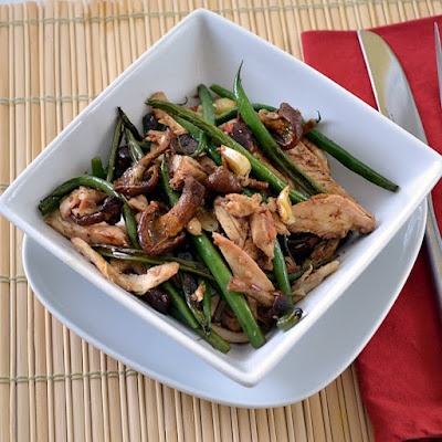 Roasted Green Beans & Mushrooms with Chicken...great Paleo meal from ...