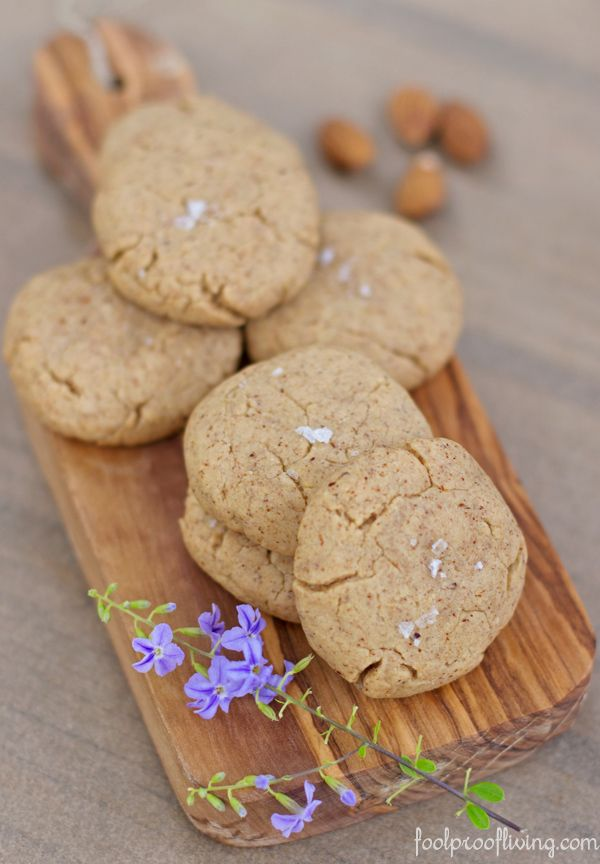 Almond Butter Cookies - Healthy vegan cookies made with maple syrup ...