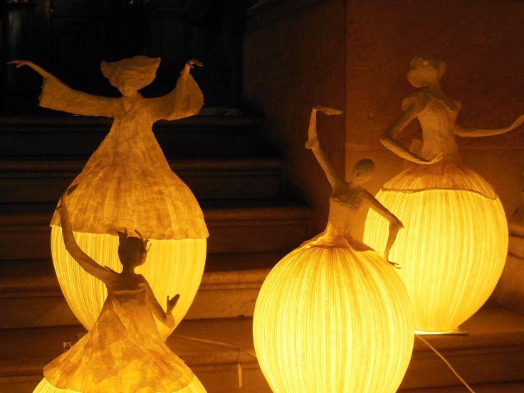 Paper mache lamps in paris grand opera lamparas pinterest for Make paper mache lamp shade