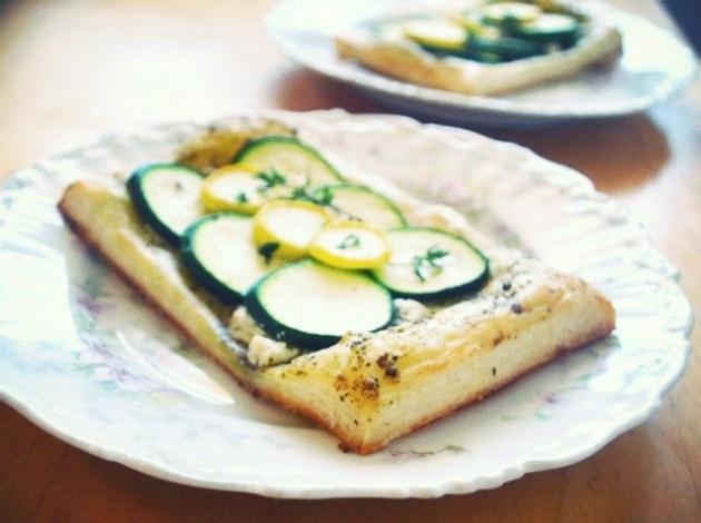 zucchini pesto tarts | Recipes for Liz | Pinterest