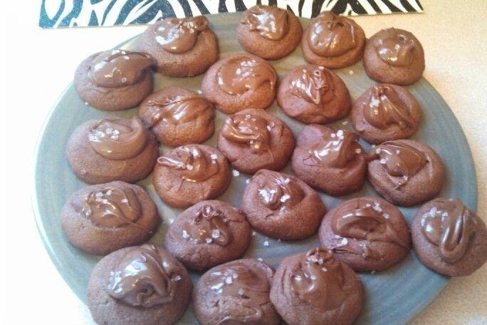 Nutella thumbprint cookies | food! | Pinterest