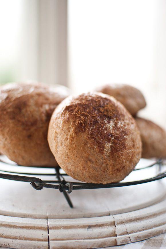 Spelt pulla - Finnish cardamom buns   Healthy Living   Pinterest