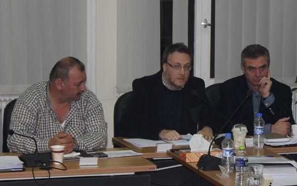Δημοτικό Συμβούλιο Νάουσας: Έγκριση του ισολογισμού 2013 με… επιφυλάξεις
