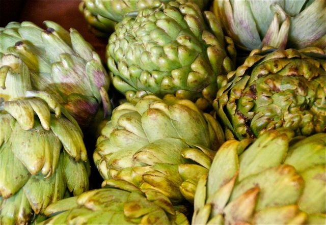 How to Trim, Cook and Eat an Artichoke - Foodista.com