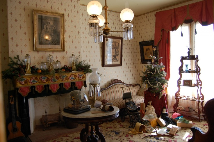 Victorian room victorian living room parlor pinterest for Parlor or living room