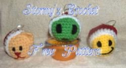 """Free pattern for """"Smiley Christmas Ornaments""""!"""