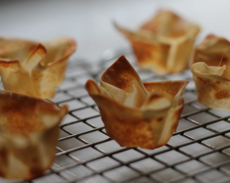 wonton cups with mango curry shrimp salad. Use for appetizers and ...