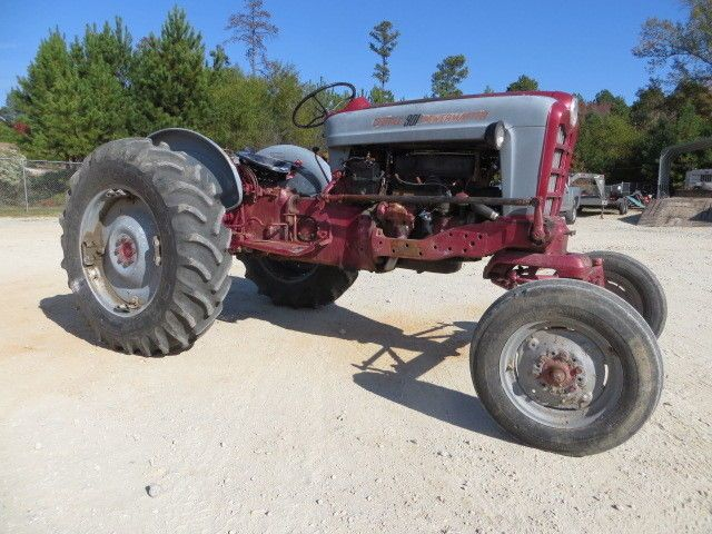 Ford 901 Powermaster Tractor : Ford powermaster farm tractor cyl gas point
