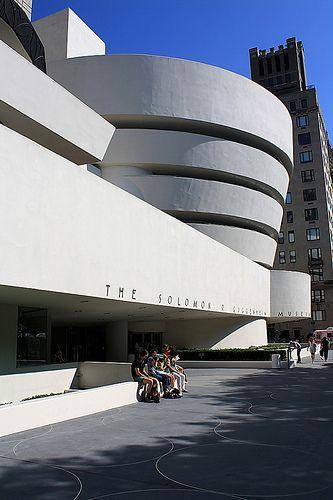 Guggenheim Museum - Frank Lloyd Wright. 9351694ca6b15e72e9bca55e17cb14bf