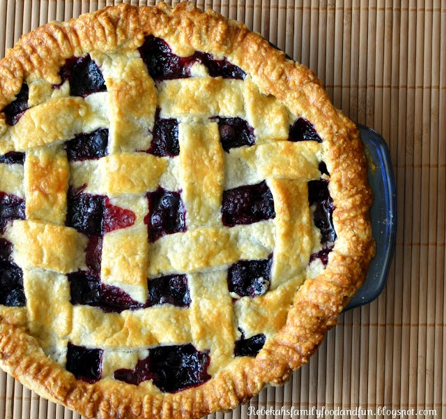 Mixed Berry Pie | Why I love my Kitchen | Pinterest