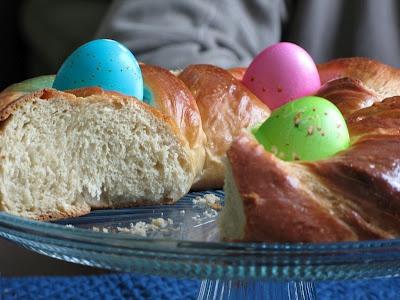 braided easter egg bread | Easter Baking & Parties | Pinterest