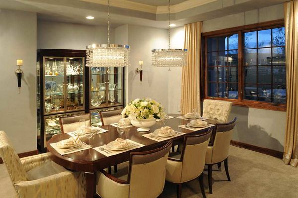 Elegant Modern Family Dining Room Interior Design Ideas Picture