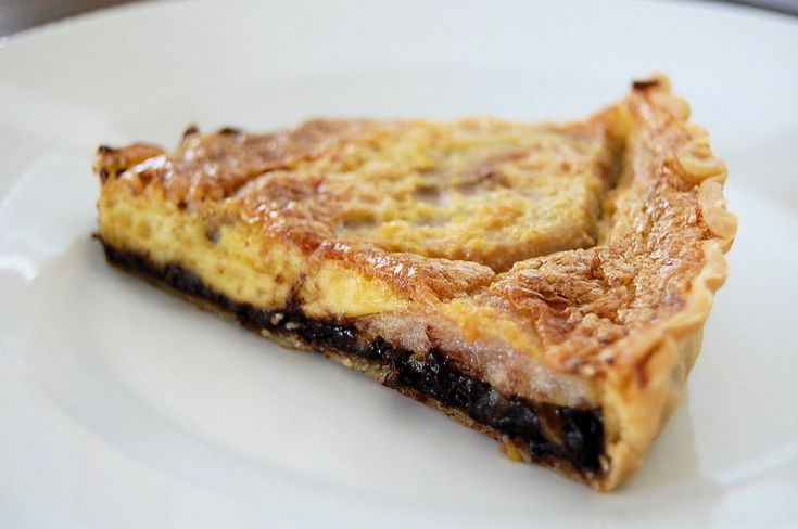 Chocolate and Pear tart @Jessica Maher | Eating is a MUST. | Pinterest