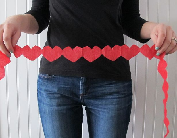 DIY Valentine's Day Heart Garland >> http://blog.diynetwork.com/maderemade/2014/01/21/five-easy-crafts-valentines-day?soc=pinterest