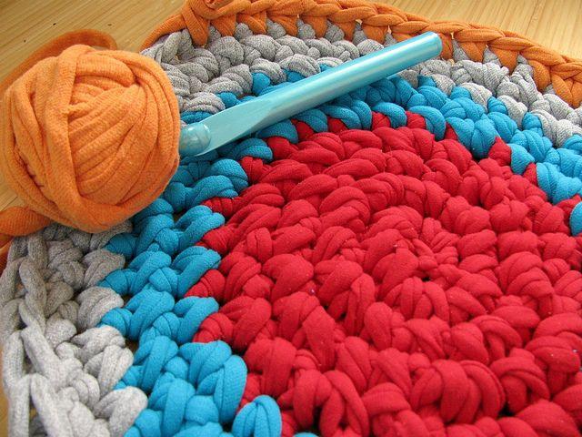 Crocheting Rag Rug Instructions : Crochet rag rug pattern