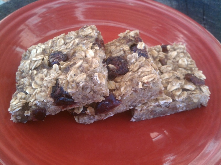 Low Fat Granola Bars with Bananas, Cranberries and Pecans