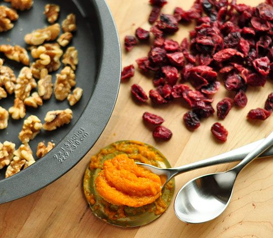 No-Knead Cran-Walnut Pumpkin Toasting Bread | Recipe