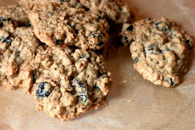 European-Style Oatmeal Raisin Cookies Recipe — Dishmaps