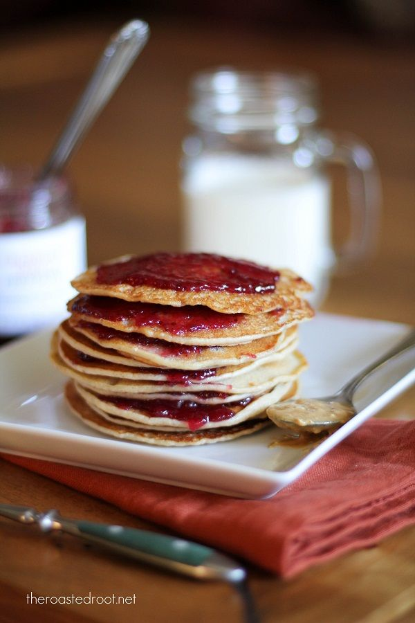 gluten free peanut butter and jelly pancakes | http://www ...