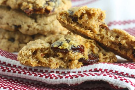 Chewy Cherry Almond Oatmeal Cookies-- (Added milk choc chips and ...