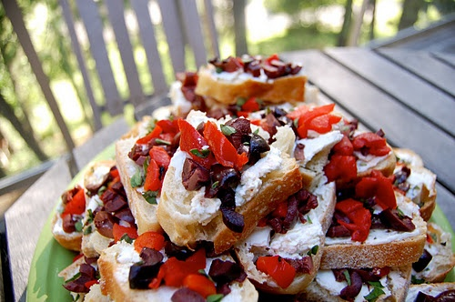 goat cheese, roasted red pepper, and kalamata olive toasts