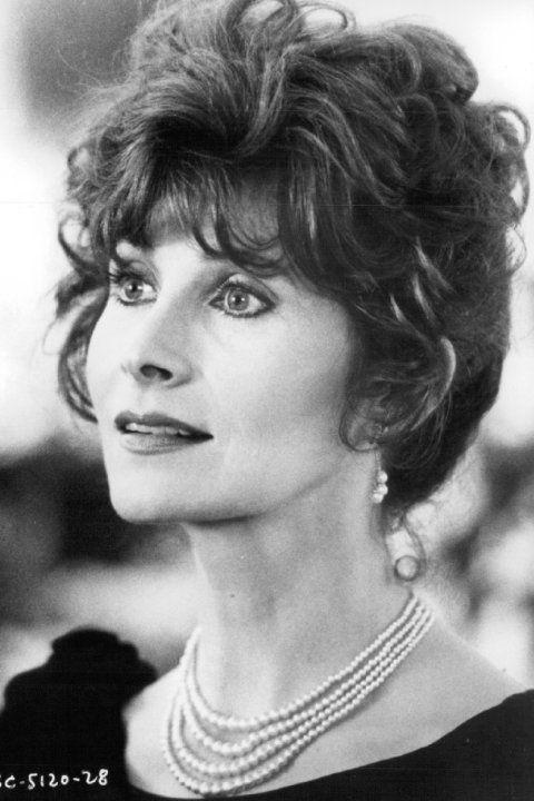 Anita Morris played Catherine McKay / ... (2 episodes, 1989-1992)