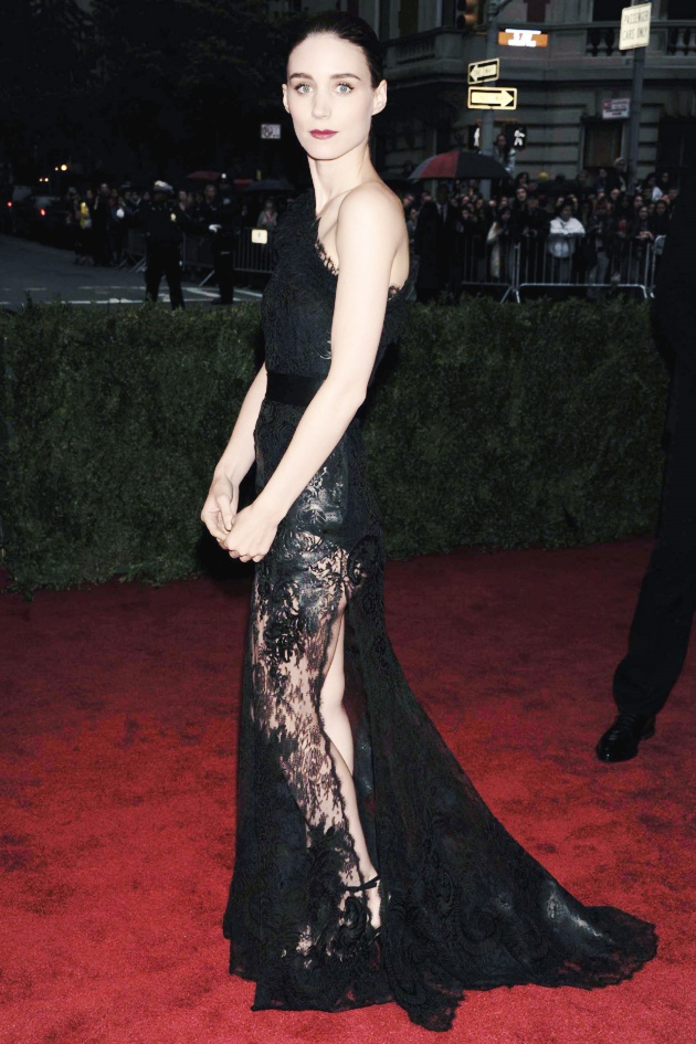 Rooney mara in givenchy dark amp mysterious pinterest