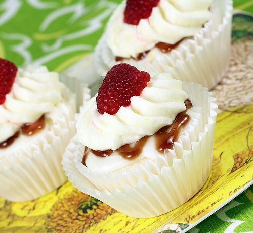 Lemon Raspberry Cupcakes   Cupcake Ideas/Recipes   Pinterest