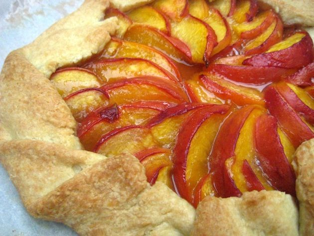 Peach Crostata | Baking & Desserts | Pinterest