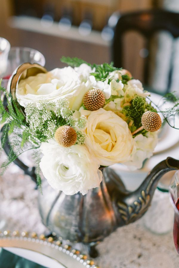 Floral arrangements colors