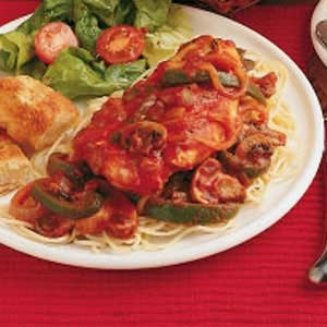Quick chicken cacciatore. Super easy and loaded with veggies, so it's ...