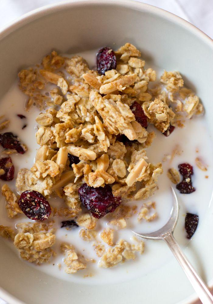 Easy Homemade Granola Recipe — Dishmaps
