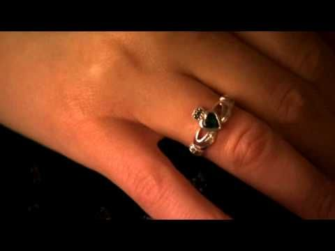 Claddagh ring how to wear rings smykker pinterest Which finger to wear ring for single