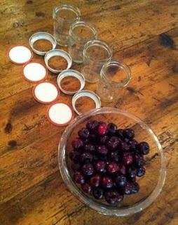 Homemade maraschino cherries | can it up | Pinterest