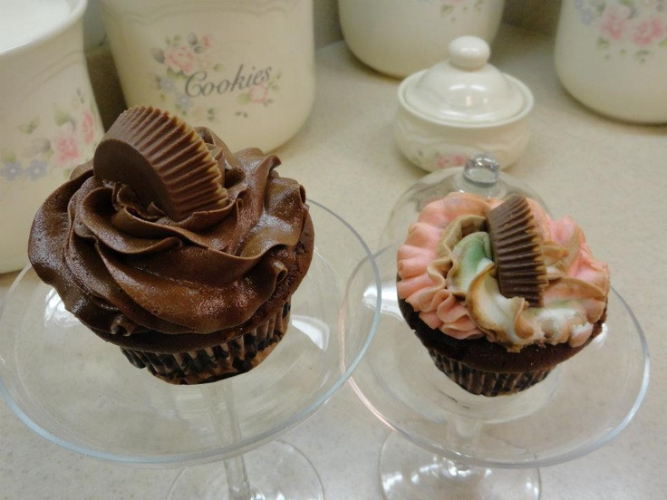 Peanut Butter filled Chocolate Cupcakes | Sharon's Cakes | Pinterest
