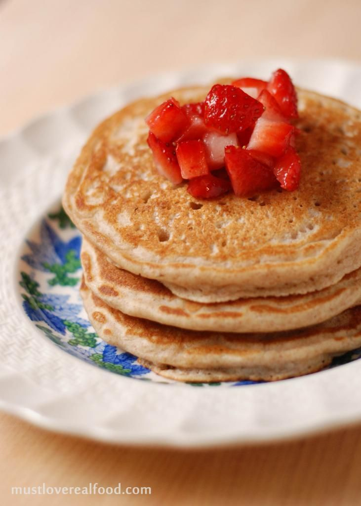 DIY Pantry} Best Whole Wheat Pancakes | Recipes to try | Pinterest