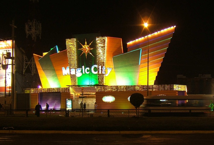 hotels near magic city casino