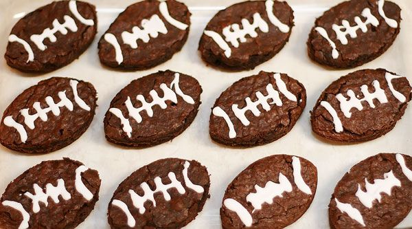 Football brownies- perfect for a Superbowl party!