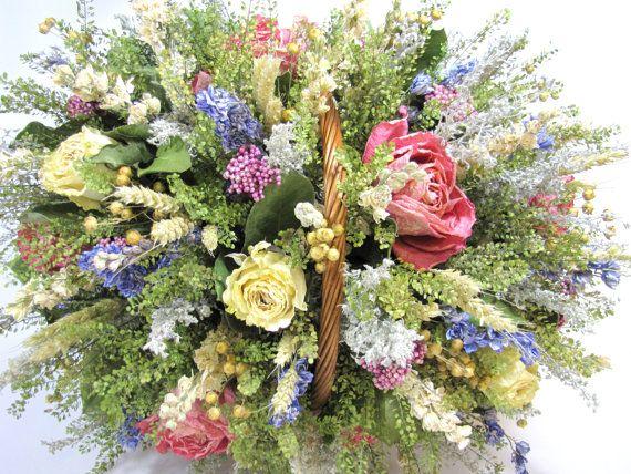 Dried floral arrangement centerpiece