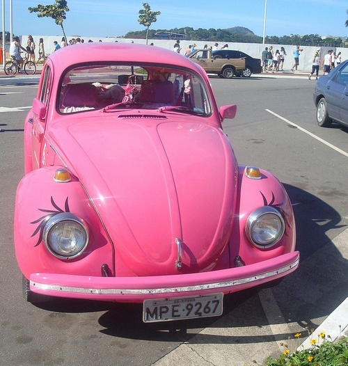 pink vw with eyelashes cool cars pinterest. Black Bedroom Furniture Sets. Home Design Ideas