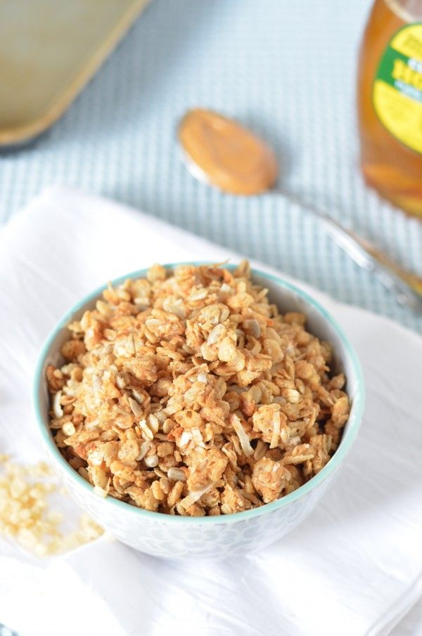 Crispy Peanut Butter and Honey Granola! (12/26/2013) Granola, Muesli ...